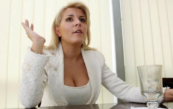 Biografie Elena Udrea